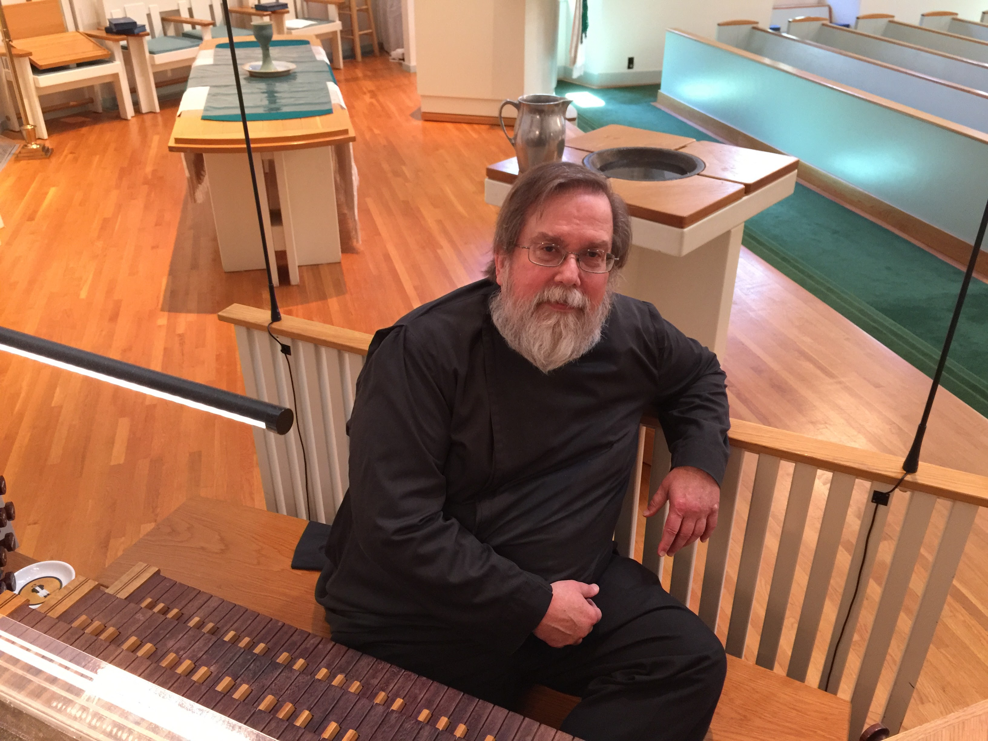 Tom Clark Jones Organist-ChoirDirector (11)